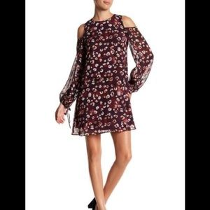 Vince Camuto Chiffon Floral Cold Shoulder Dress